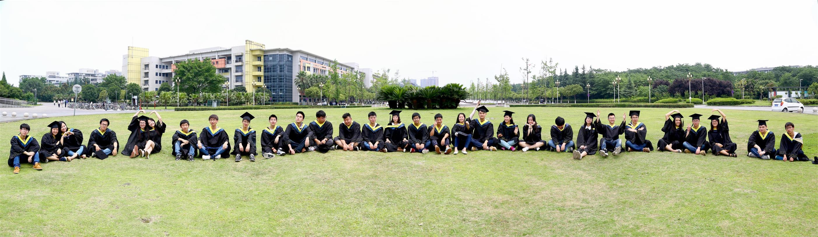 成都毕业照_毕业合影拍摄图片